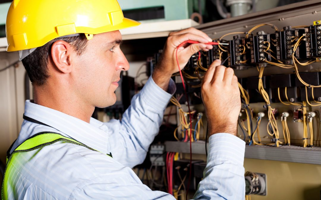 Who to Call When You Need an Electrician in Mississauga